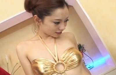 Reina Yoshii Hot Japanese model enjoys cock and facials