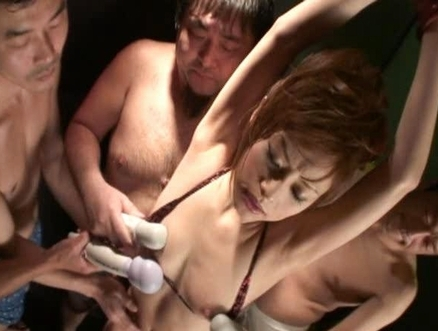 Miina Yoshihara Hot Asian model knows how to give great head